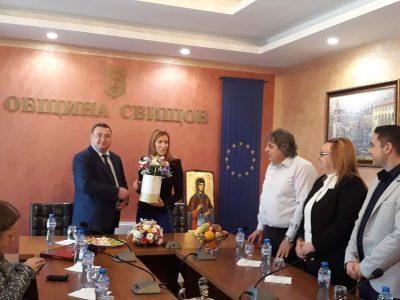 Министъра на туризма посети три свищовски учебни заведения