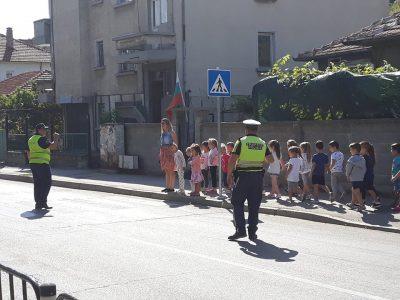 """Ситуации по Безопасност на движението в ДГ """"Чиполино"""""""