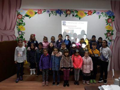 """Децата от четвърта група на ДГ """"Чиполино"""" отбелязаха Деня на народните будители"""