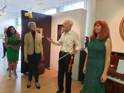 Празничен концерт на Радионови по повод 75 години от създаването на Градска библиотека – Свищов