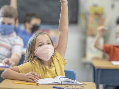 Вълчев: Не можем да си позволим да затворим училищата