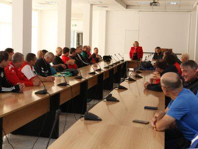 """""""Легендите"""" на Свищовската академия се срещнаха на зеления терен за 15-а поредна година"""