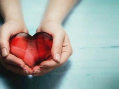 """На международния ден на добротата служителите от ДГ """"Слънчо"""" направиха дарение за Ковид отделението на свищовската болница"""