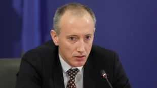Министър Вълчев: Изработихме помагало за родителите за дистанционното обучение на децата