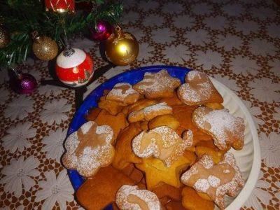 """Коледни ястия от учениците на СПГ """"Алеко Константинов"""""""