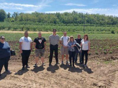 """Студенти от специалност """"Аграрна икономика"""" и МП """"Агробизнес"""" реализираха посещение в реална работна среда"""