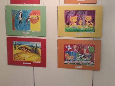 """Тържествено награждаване на отличените финалисти в Националния конкурс за детска рисунка """"Три звездички"""""""